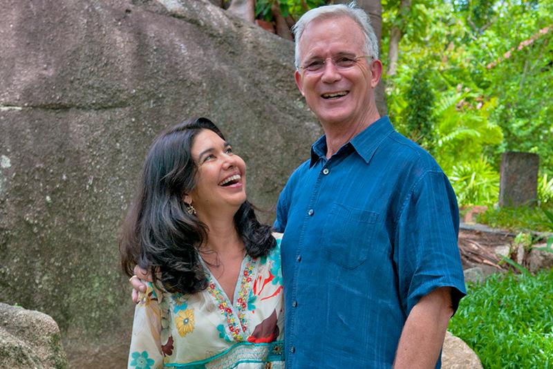 John und Karina Stewart, Gründer des Kamalayas