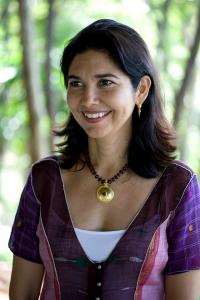 Karina Stewart, Mitgründerin
