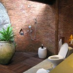 Kamalaya Außendusche und WC