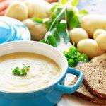 Einfache Kartoffelsuppe für kühle Herbsttage
