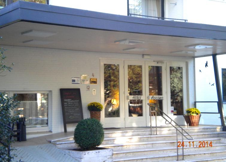 Eingang Hotel Ascona in Bad Bevensen